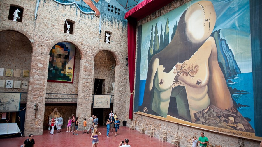 Dalí Museum and Cadaques House Private Live Virtual Tour - In out Barcelona Tours