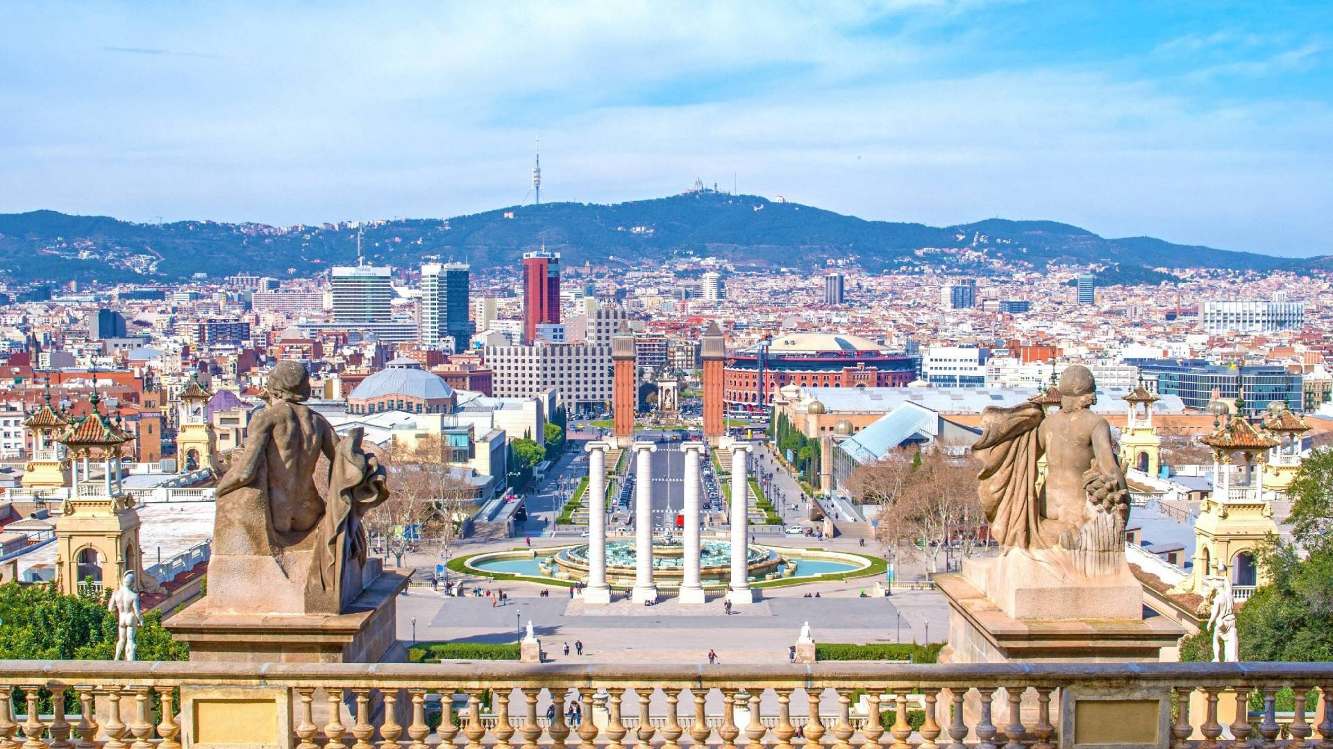 Barcelona Highlights Private Half Day Tour - In out Barcelona Tours