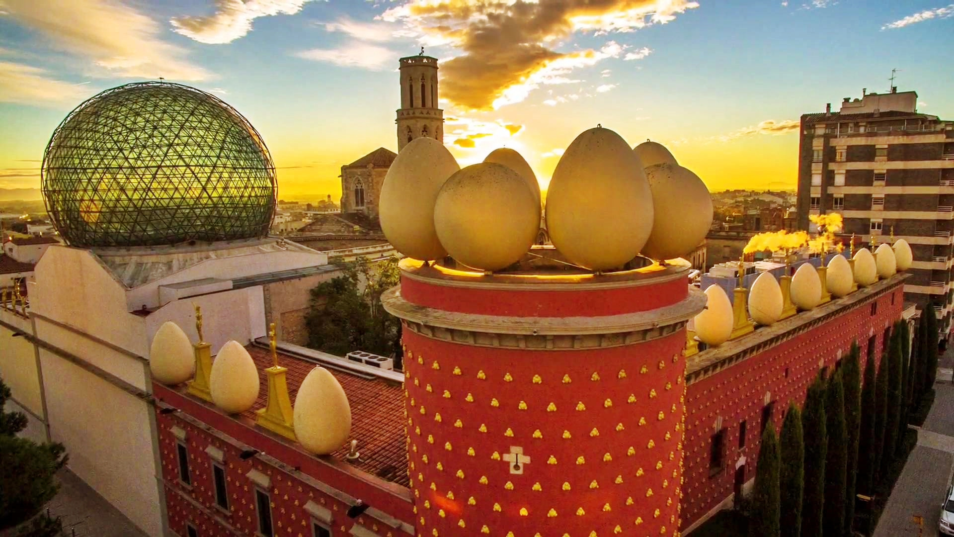 Dalí Museum, Figueres and Cadaqués Dali House Small Group Day Tour - In out Barcelona Tours
