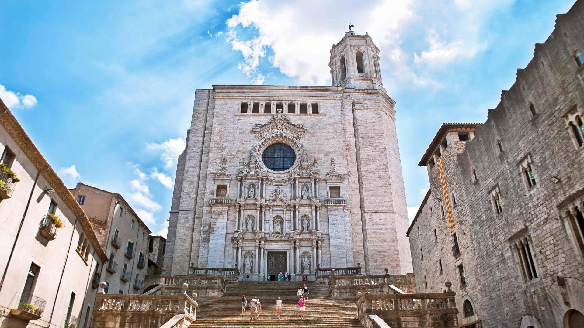 Game Of Thrones: Medieval Girona Private Half Day Tour - In out Barcelona Tours
