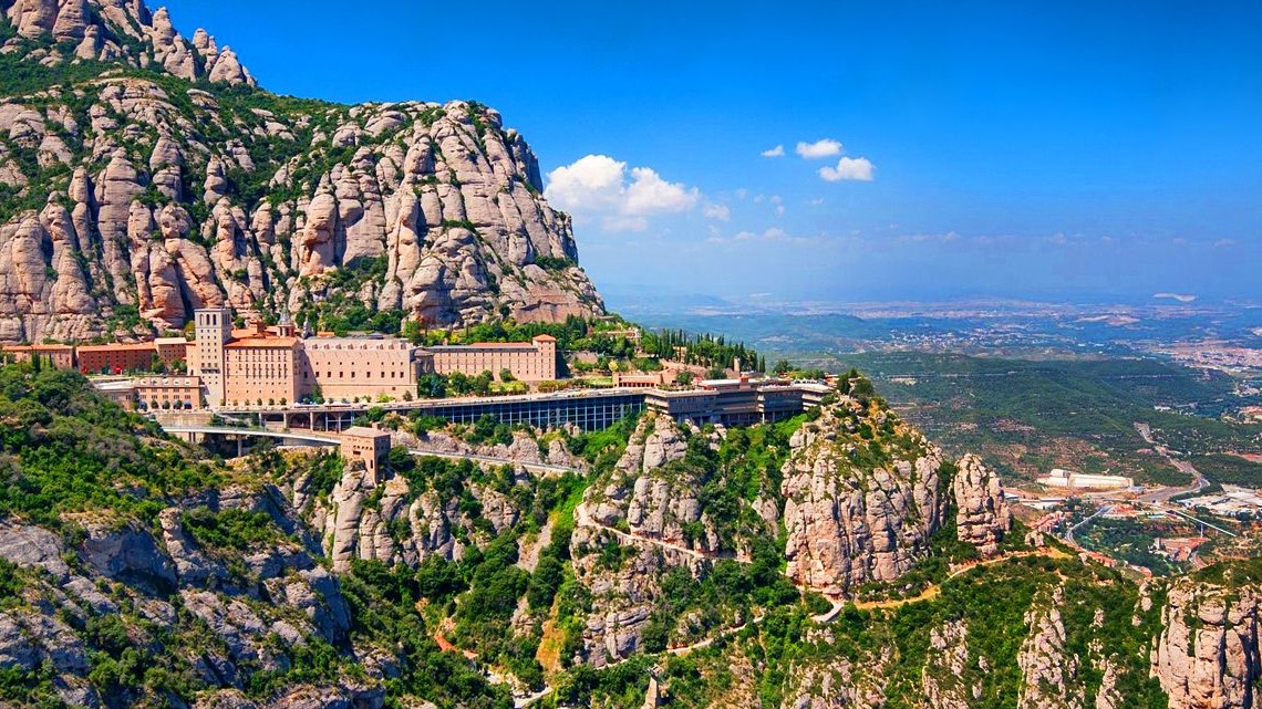 Stunning views in Montserrat with Monastery visit - In out Barcelona Tours